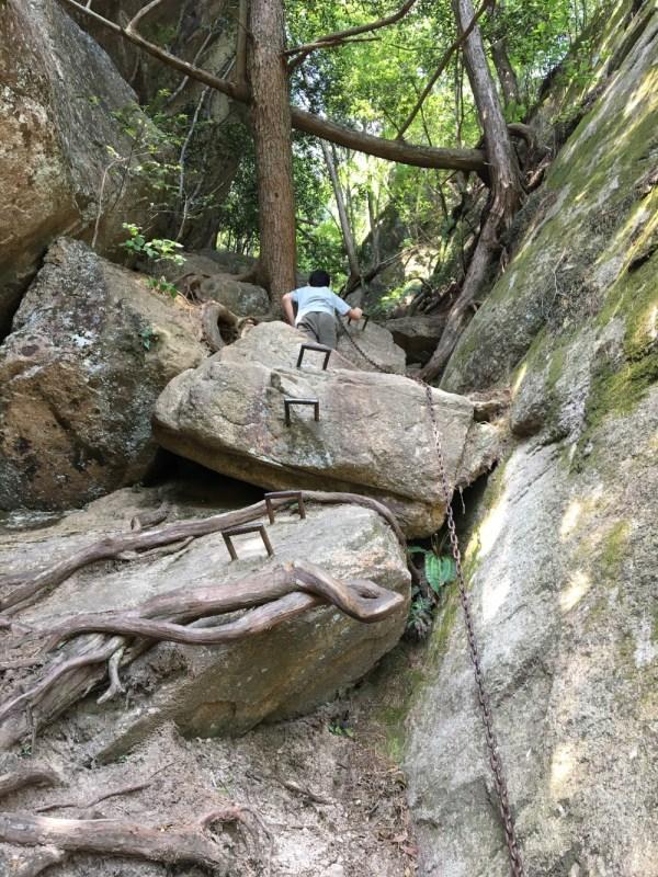 Three Peaks Climbing Chain Handholds