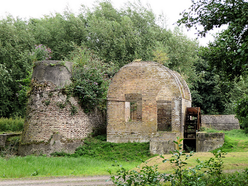 Walks And Walking - Essex Walks - Royal Gunpowder Mills Ruins