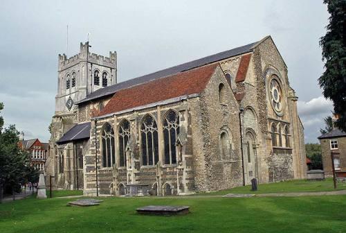 Walks And Walking - Essex Walks - Waltham Abbey Church