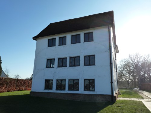 Walks And Walking - Essex Walks - Epping Forest Walks - Queen Elizabeth's Hunting Lodge