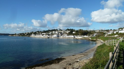 Walks And Walking - Cornwall Walks St Mawes Castle Walking Route - On the way in to St Mawes