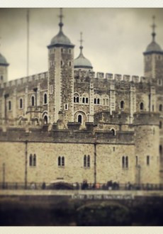 Walks And Walking - Walk London Autumn Ambles Walking Weekend - Tower Of London