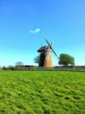 Walks And Walking - Isle of Wight Walks Bembridge Trail Arreton Down Bembridge Windmill