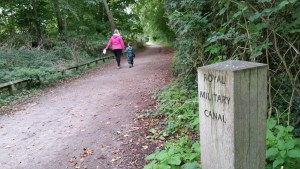 Walks And Walking - West Hythe Walk In Kent - Royal Military Canal Path and Saxon Shore Way
