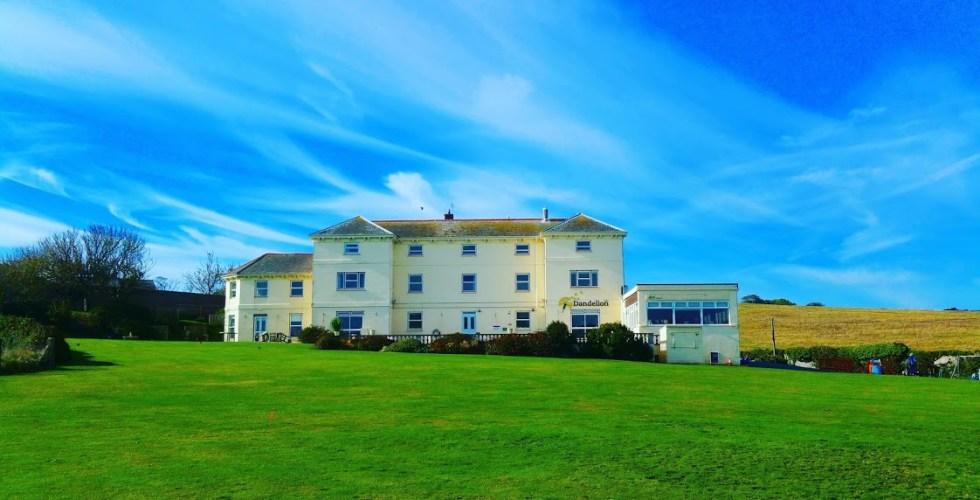 Dandelion Cafe - HF Holidays Freshwater Bay House Isle of Wight