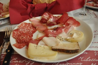 Umbrian and Tuscan food specialties