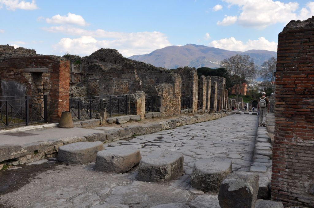 In the shoulder season, even Pompeii is uncrowded