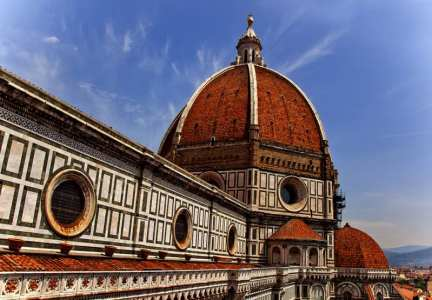 In winter, sights like Florence's Duomo are far less crowded