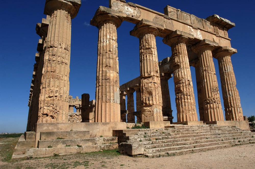 7 stunning ancient sights in sicily - Mobili palermo castelvetrano ...