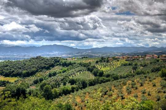 Great scenery in Umbria or Tuscany