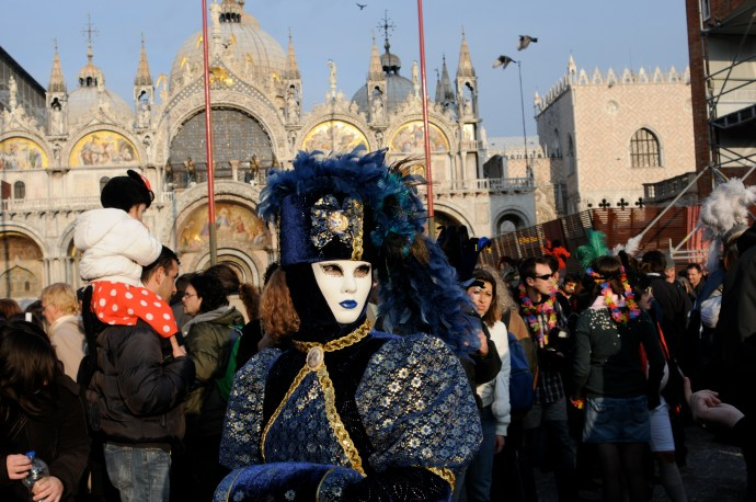 All About Carnival in Venice: Venetian Masks and More!