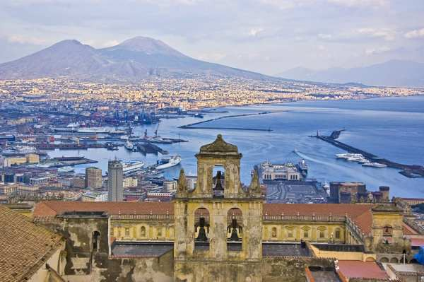 Mt. Vesuvius is only 6 miles from the center of Naples, making it an easy day trip.