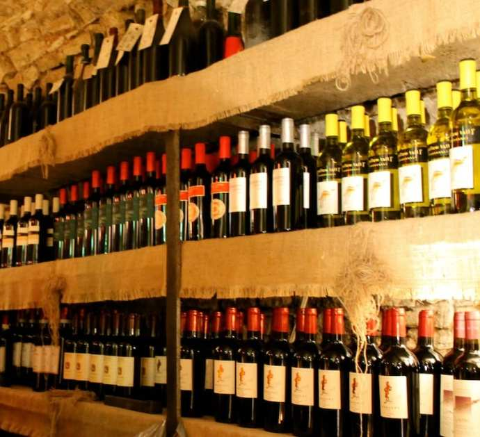 How to Order—and Enjoy!—Wine in Italy (A Nonstuffy