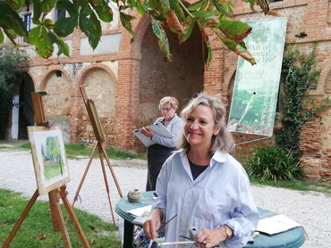 Plein air painting during Studio Italia our art holiday in Tuscany