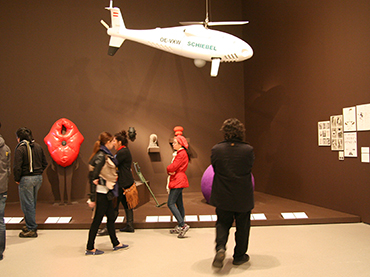 Group with plane at the MoMa during Walk the Arts New York Trip from Ottawa