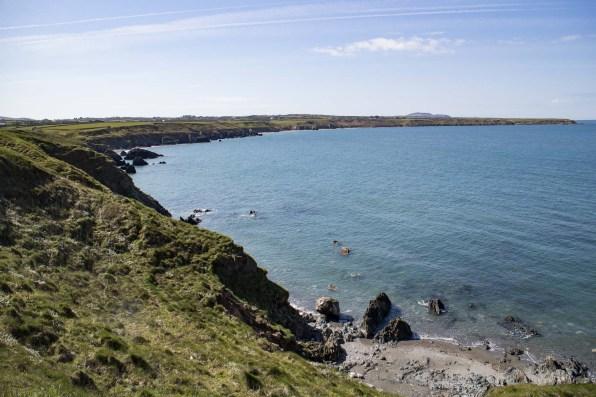 The Llyn coast from Penrhyn Melyn to Penrhyn Colmon Looking back along Traeth Penllech.