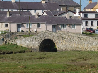 Walk the Wales Coast Path Rhosneigr to Malltraeth