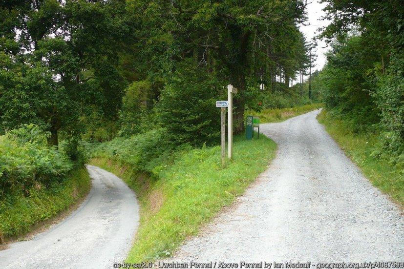 Uwchben Pennal / Above Pennal Llwybr Arfordir Cymru a Lon Beicio 8 / Wales Coast Path and Cycle Route 8