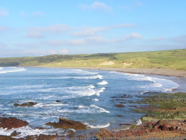 The long sandy beach at Freshwater West faces south west and the big Atlantic rollers, and is ideal for surfing.