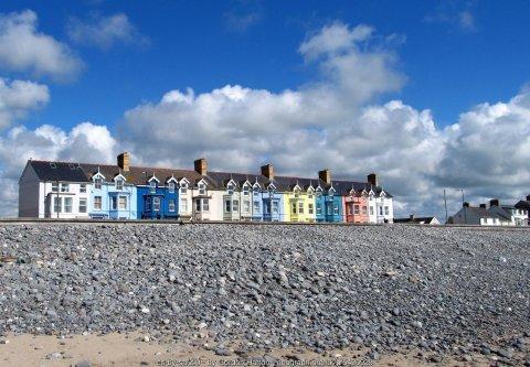 Walk the Wales Coast Path from Machynlleth to Borth