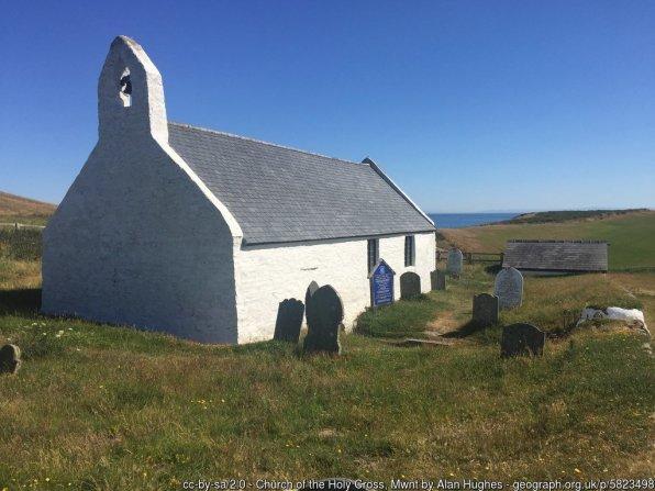 Walk the Wales Coast Path from Aberporth to Aberteifi / Cardigan