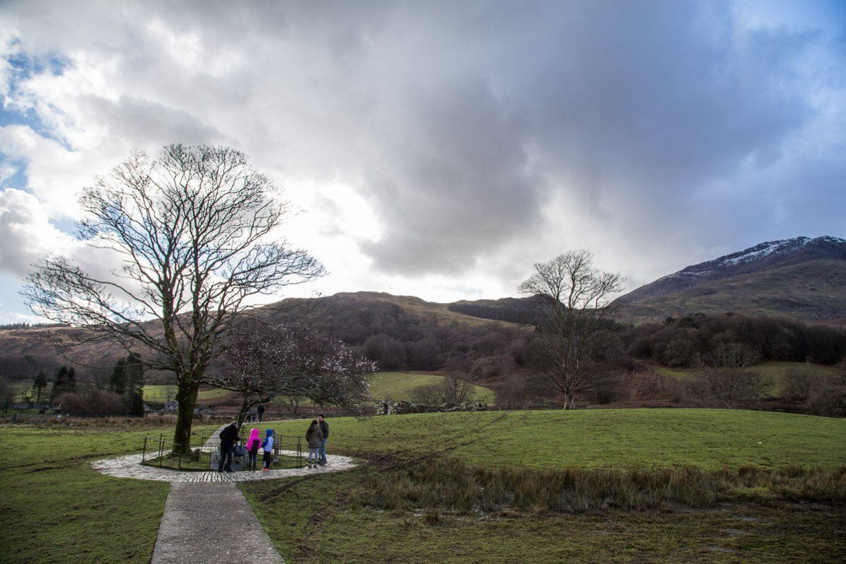Easy Family Walks in Snowdonia - Bedd Gelert - Gelert's Grave Walk