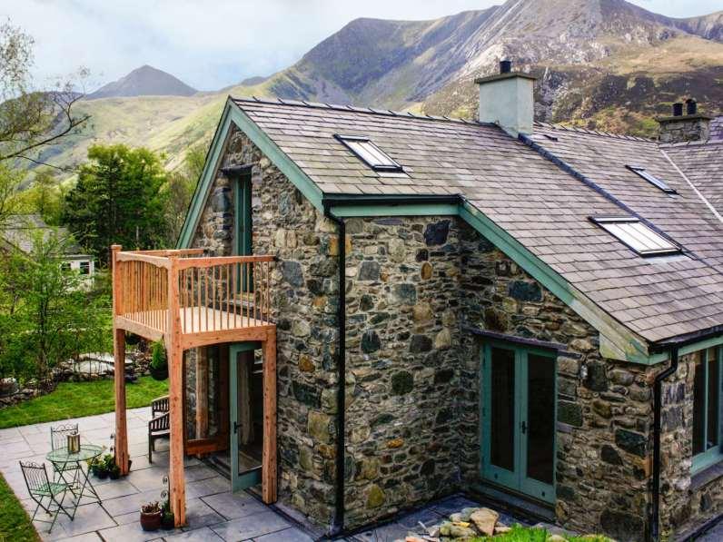 Walk up Snowdonia website