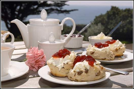 Afternoon-Tea-Pic-Website-2017.jpg