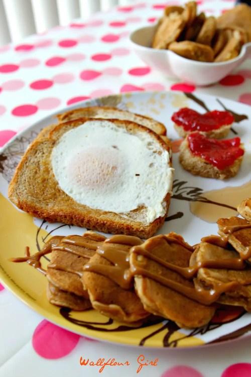 Adorable Pop-'Em Cookie Butter Pancakes 8--021514