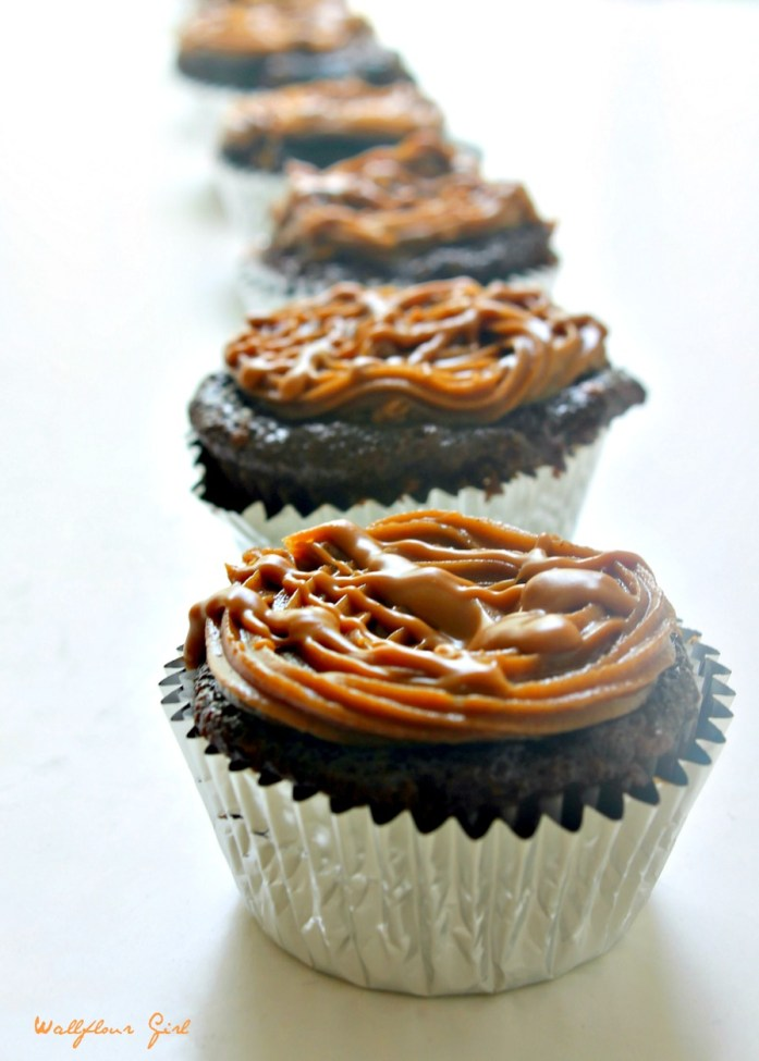 Coffee Cheesecake-Filled Chocolate Cupcakes with Mocha Biscoff Frosting 4--042914