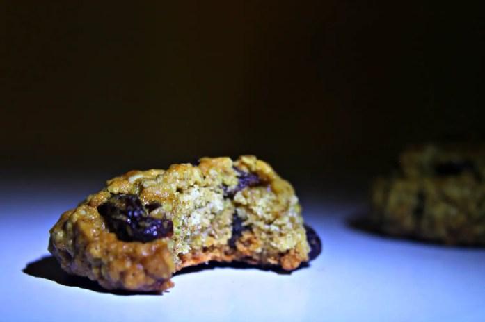 Classic Spiced Oatmeal Raisin Cookies 5--061814