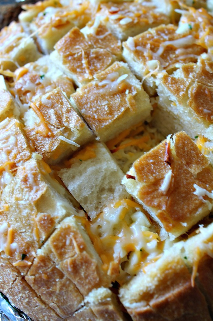 Cheesy Crack Bread 4--120415