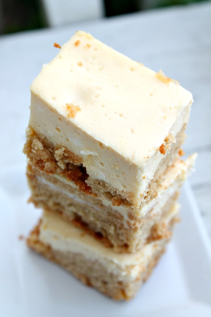 Golden Oreo-Stuffed Snickerdoodle Blondie Cheesecake Bars 11--121115
