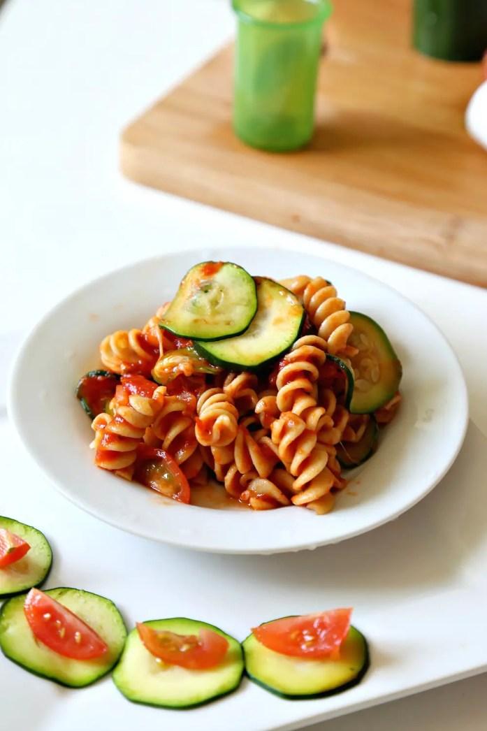 Zucchini Tomato Pasta Marinara OXO 8--022816