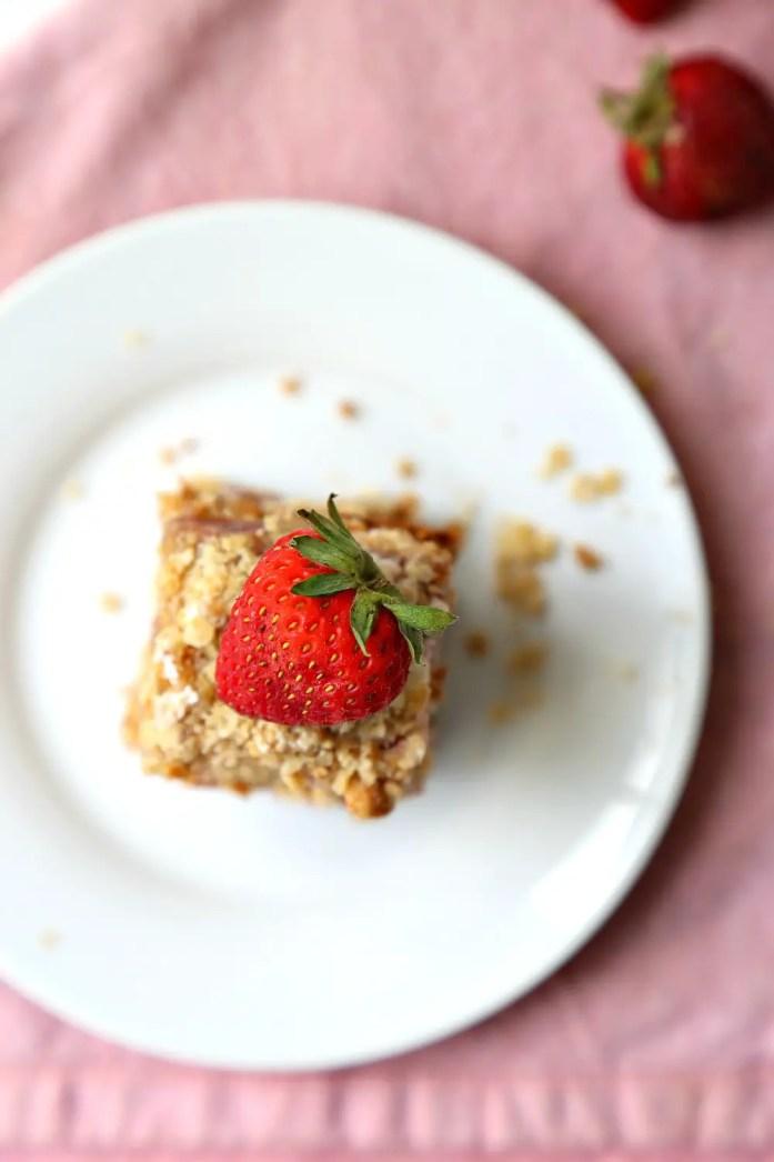Strawberry Cream Cheese Oat Bars 6--070616