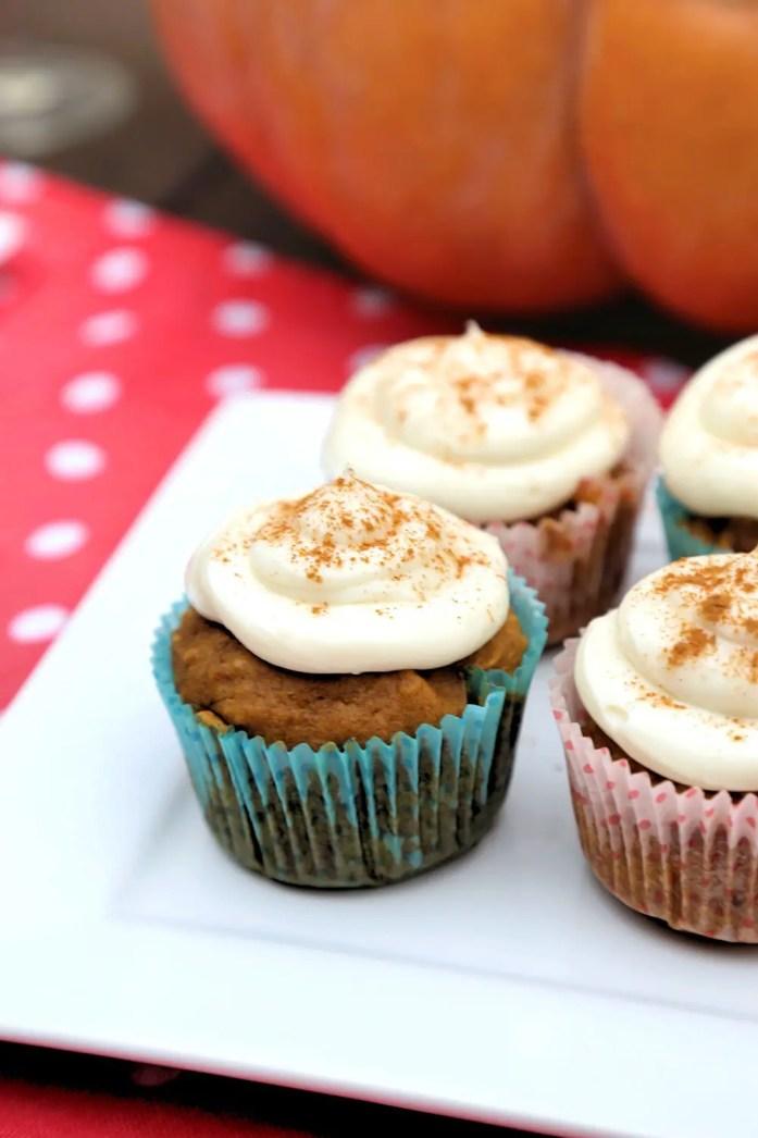 Pumpkin-Cupcakes-5-122817