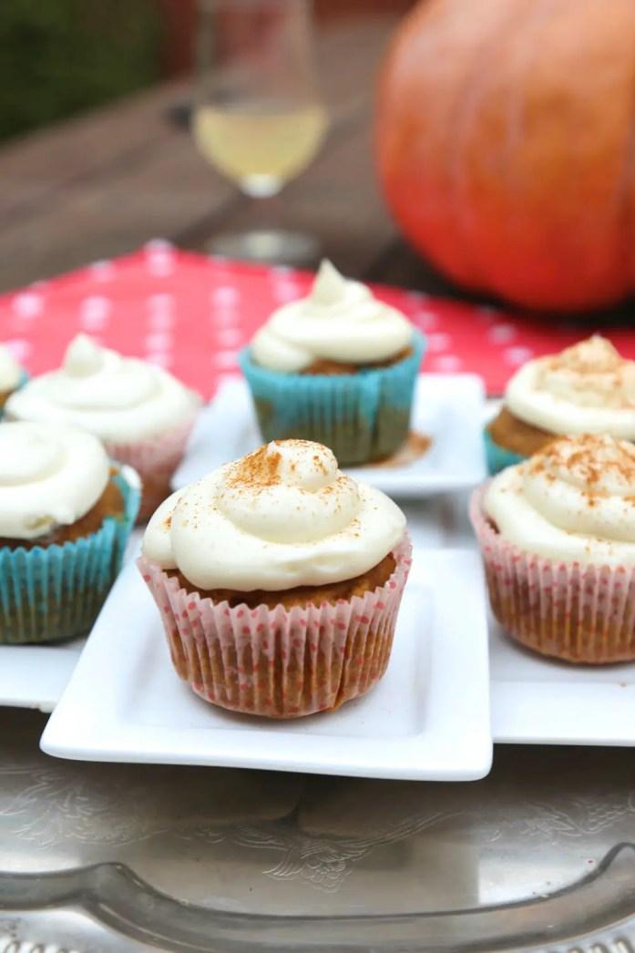 Pumpkin-Cupcakes-6-122817