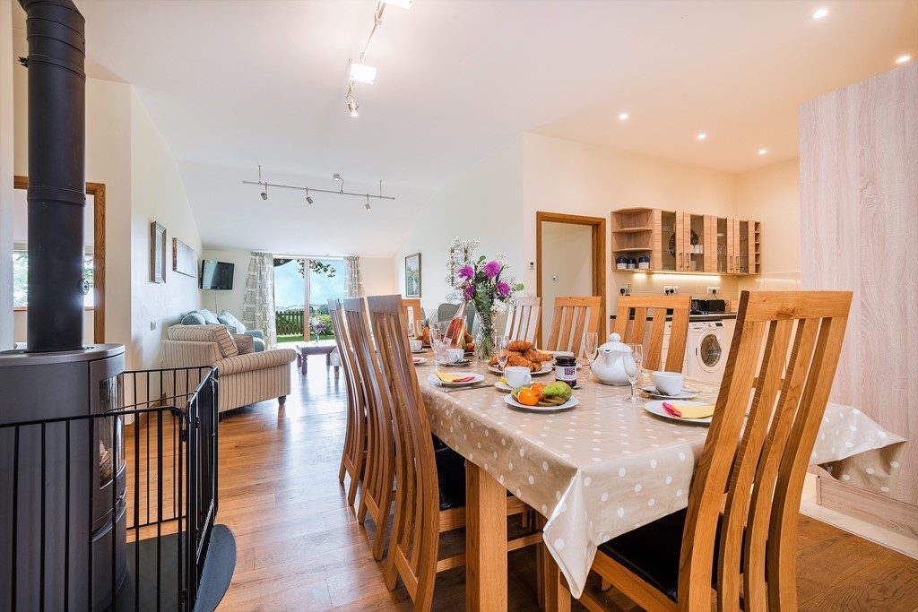 Hedgehunter Cottage at Wallops Wood sits 8 people for brunch and sleep 8 in 4 bedroom all ensuite