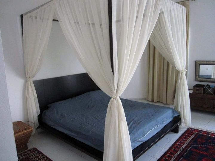 How To Make A Canopy Bed With Curtain Rods