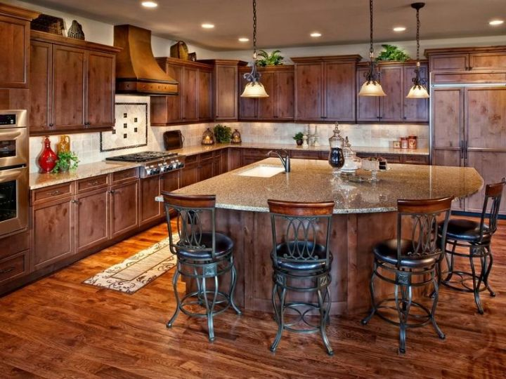 Kitchen Islands Pictures