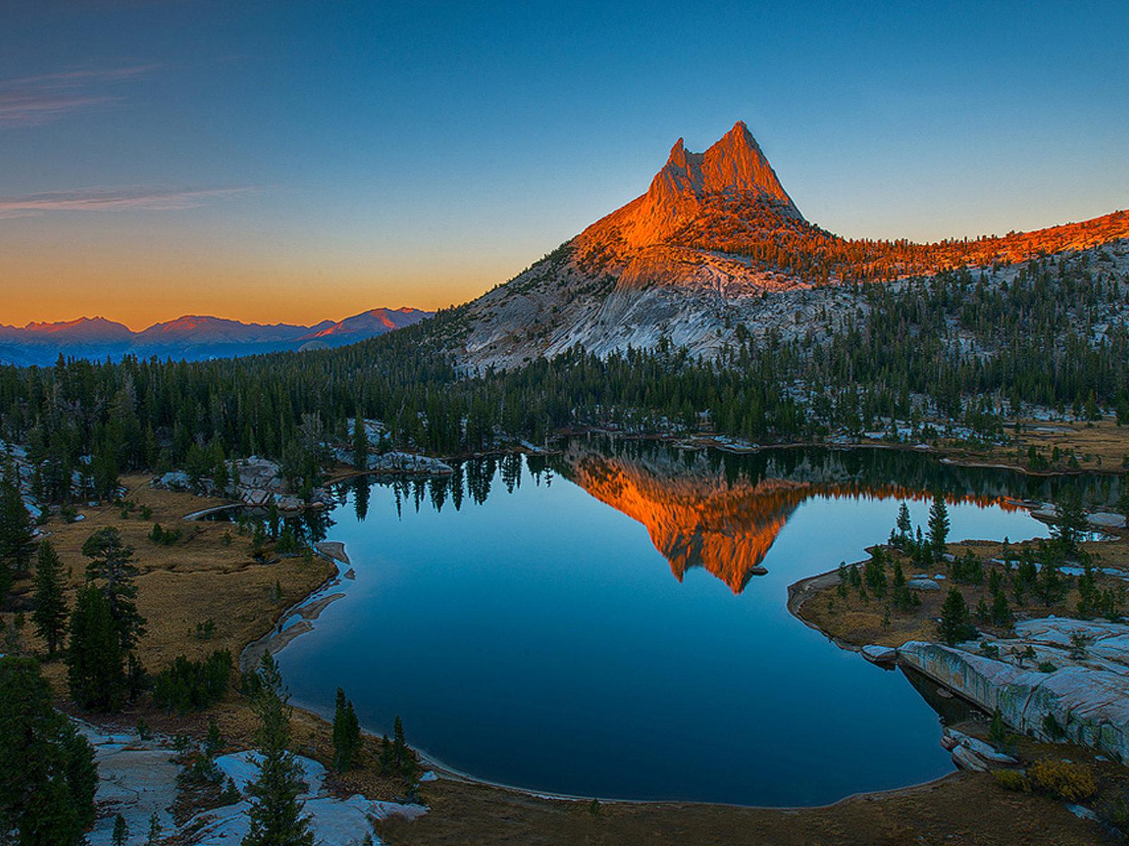 Sunset Mountain Rocky Mountain Top Lake Reflecting In Water Hd Desktop Wallpaper