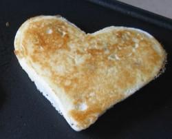one-heart-pancakes-033