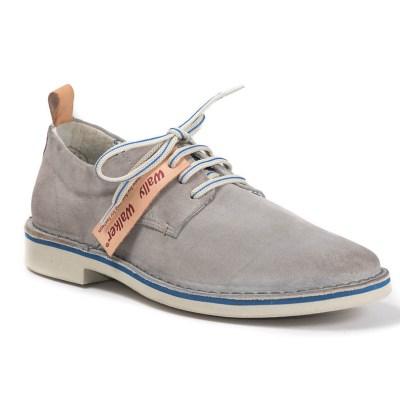 Nelson camoscio blu, scarpa derby grigio con suola bianca e inserto blu