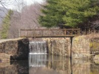 Walnutport bridge canal