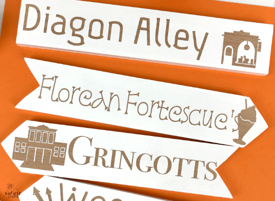 Free template for a Harry Potter themed signpost #harryPotter #freedownload #templage #signpost #diy #crafts #hogsmeade #diagonalley