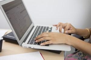 laptop etiquette in meetings