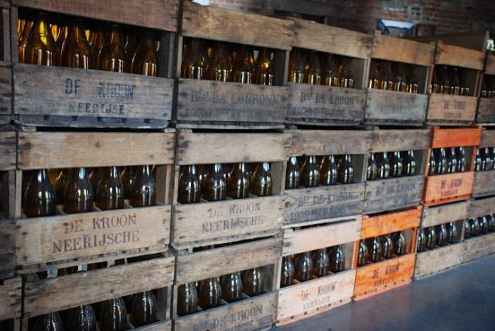 De Doode Bemde - Brouwerij de Kroon hier worden bieren bedacht, gemaakt , gedronken en bewaakt