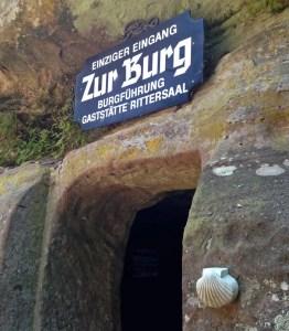 Eingang zur Burg Berwartstein