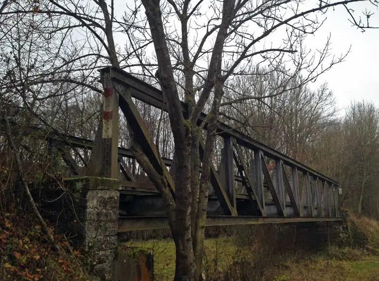 Verlassene Eisenbahnbrücke Westernhausen