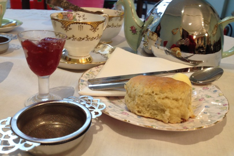 tea-and-scones-butterscotch-bakery
